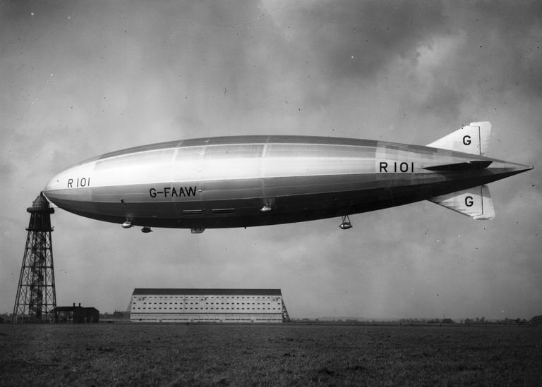 A broadside view of the Airship R101, at its mooring mast at Cardington, Bedford.