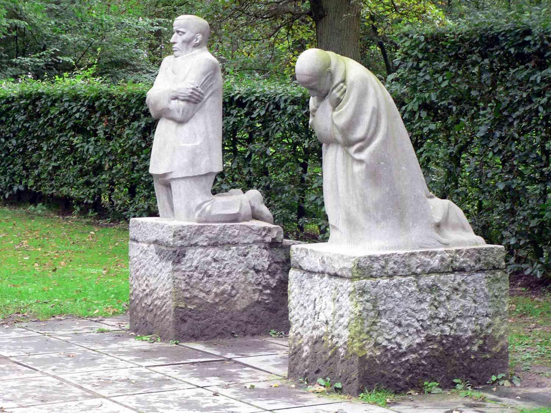 kathe kollwitz the grieving parents