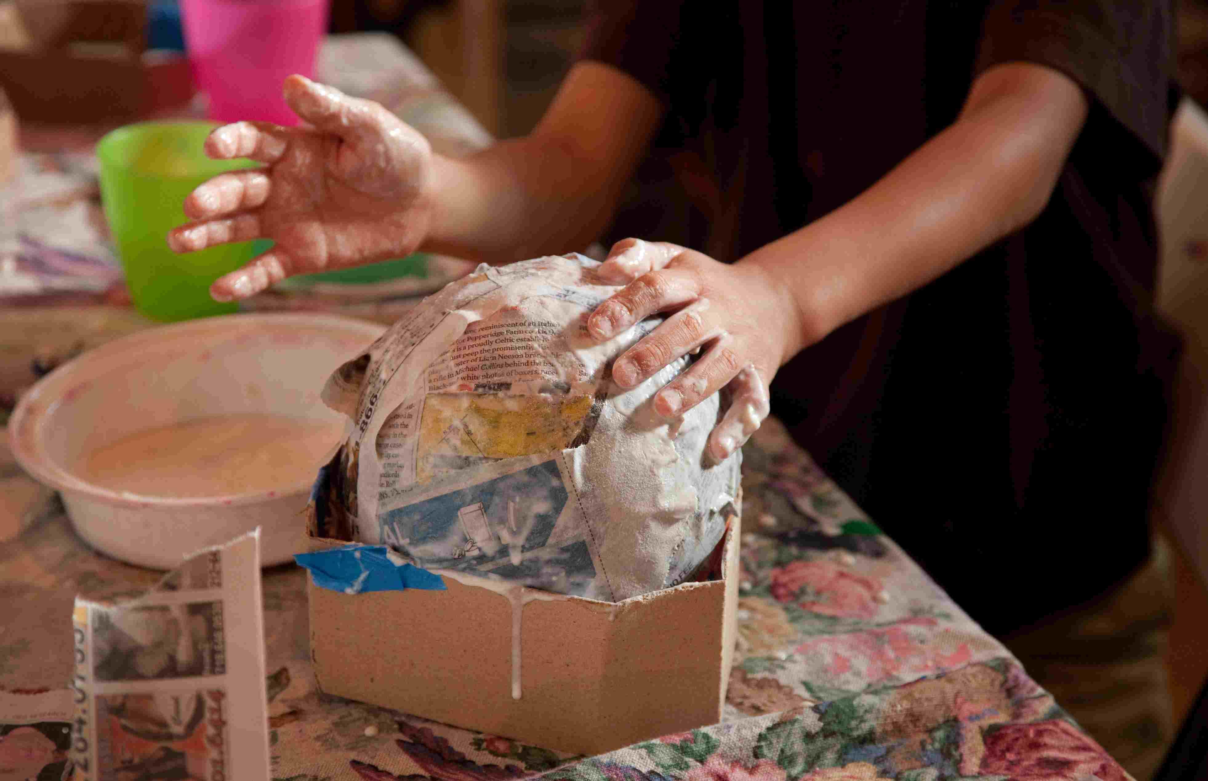 Paper mache paste