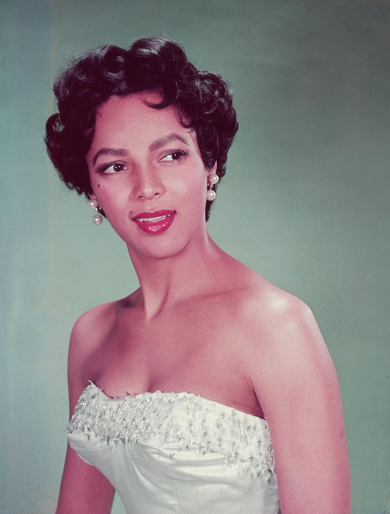 biography of dorothy dandridge academy award winner