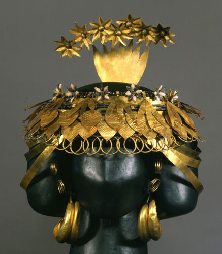 Headdress of Queen Puabi at Ur