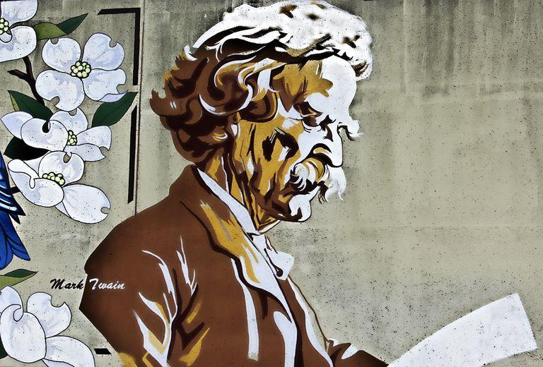Mark Twain mural