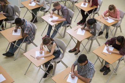 an examination of standardized testing of students in ontario The purpose of standardized testing is to assess a student's knowledge base, in an academic domain, such as science or mathematics when taking a standardized test, it is.