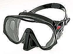 black and red scuba diving mask