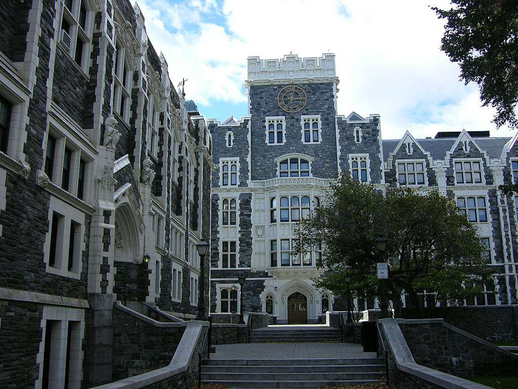 The 10 Most Affordable Public Law Schools In America