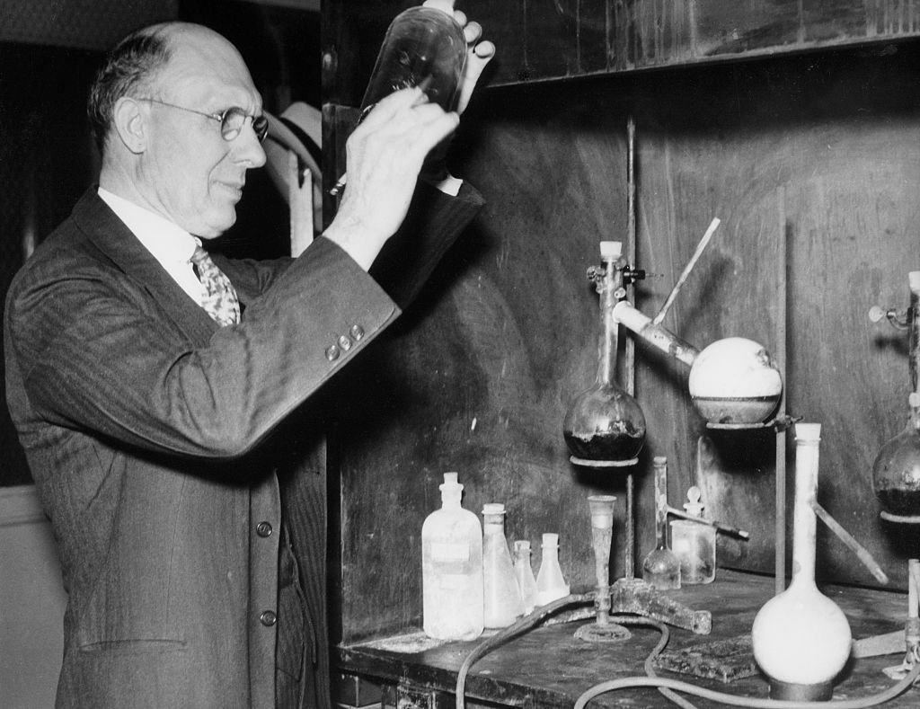 Charles Franklin Kettering (1876-1958), the holder of 140 patents, was the inventor of the self-starter for car engines, the electrical ignition system, and the engine-driven generator.