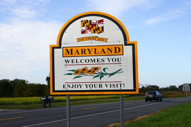 Bienvenido a Maryland señal de tráfico entrando en el estado