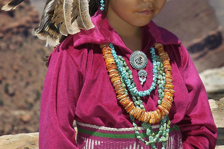 Navajo girl in traditional clothing, Grand Canyon