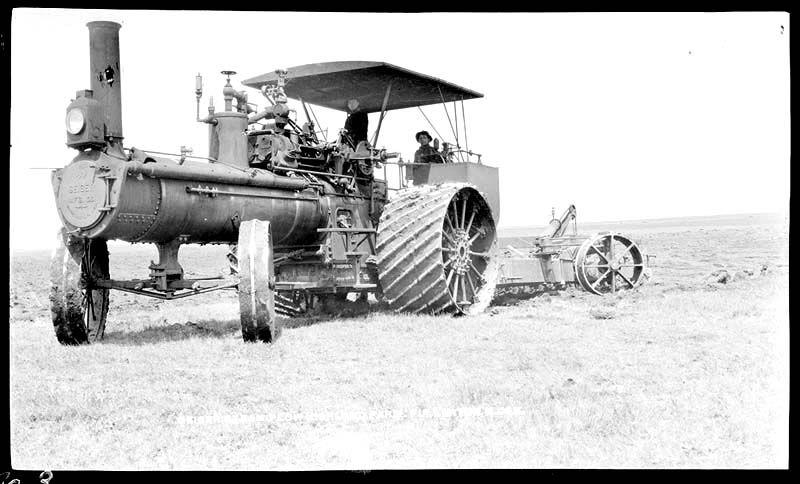 Minneapolis Steamer Tractor