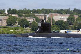 USS Seawolf sails past the U.S. Coast Guard Academy