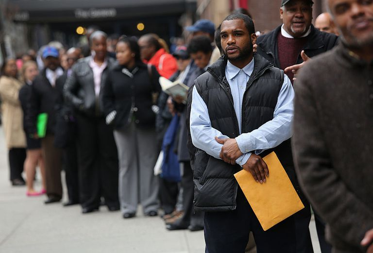 long line of people at job fair