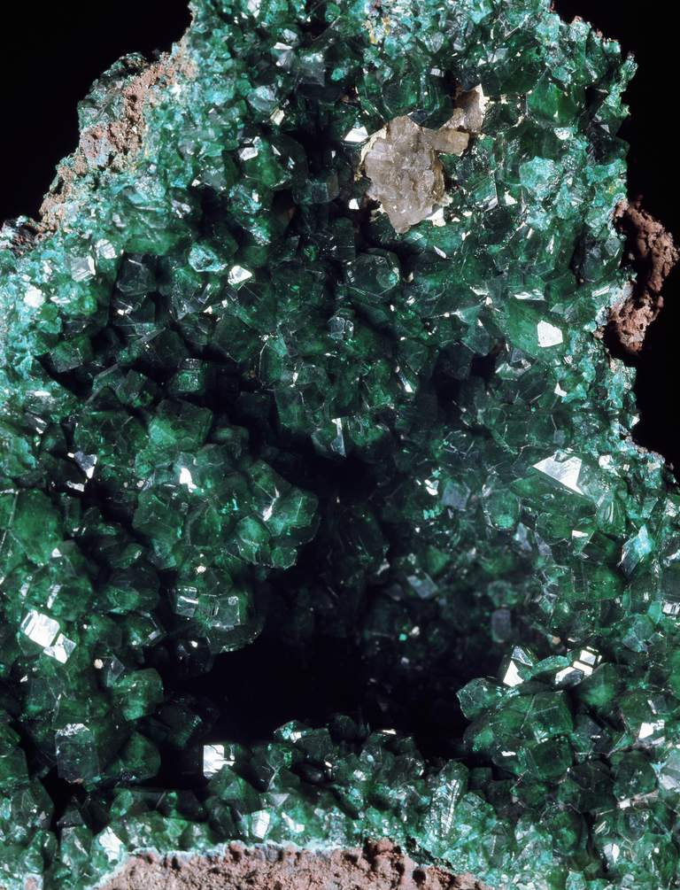 You can make an emerald green crystal geode by by growing ammonium phosphate crystals overnight in a plaster geode.