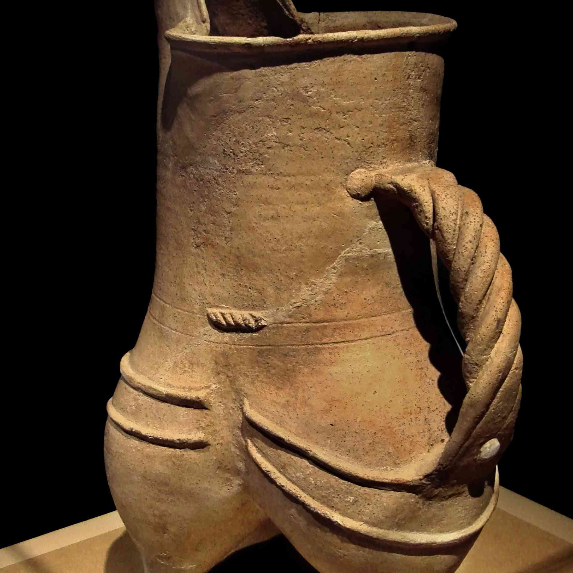 White Pottery Gui, Longshan Culture, Rizhao, Shandong Province