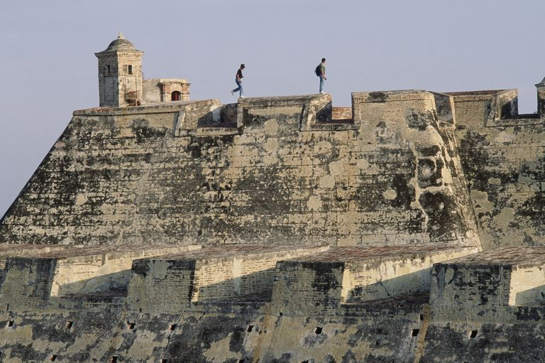 Two visitors at the Castillo San Felipe, Cartagena, Colombia
