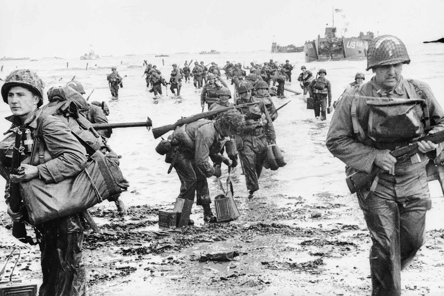 Troops landing in Normandy on D-Day