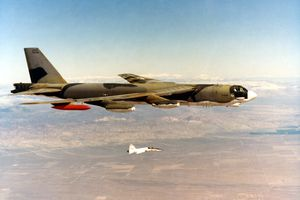 b-52-large.jpg