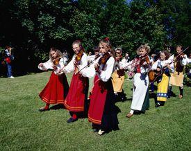 Fiddlers in Midsummer Festival