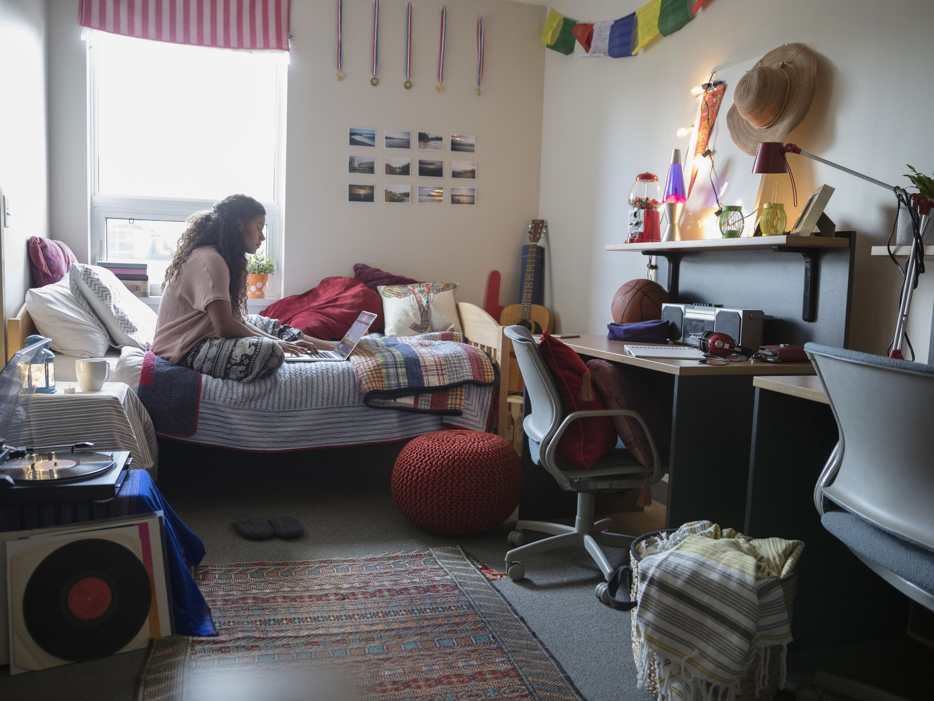 Dorm Life What Is An Ra Or Resident Assistant