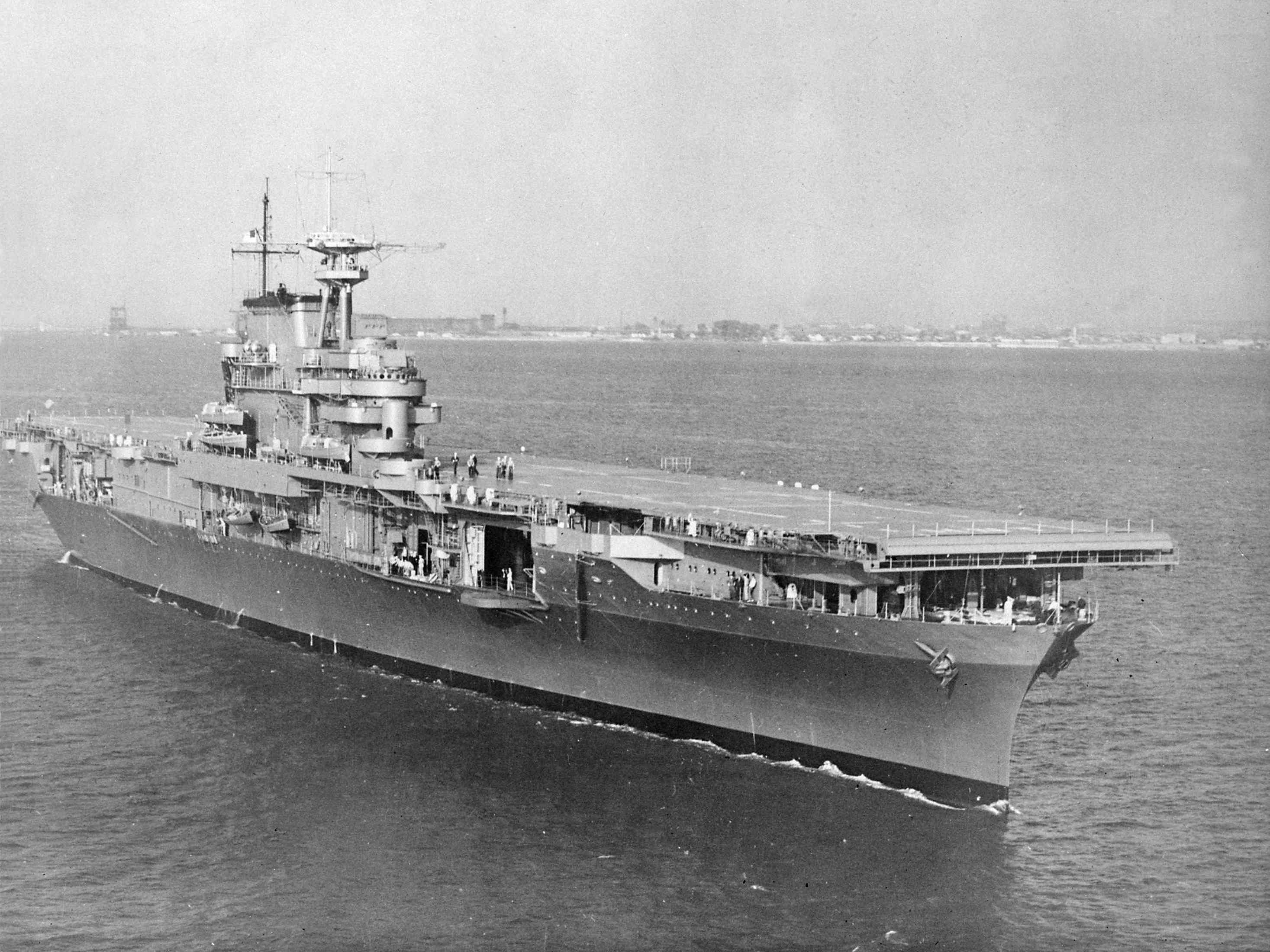 Aircraft carrier USS Hornet (CV-8) underway in the Chesapeake Bay.