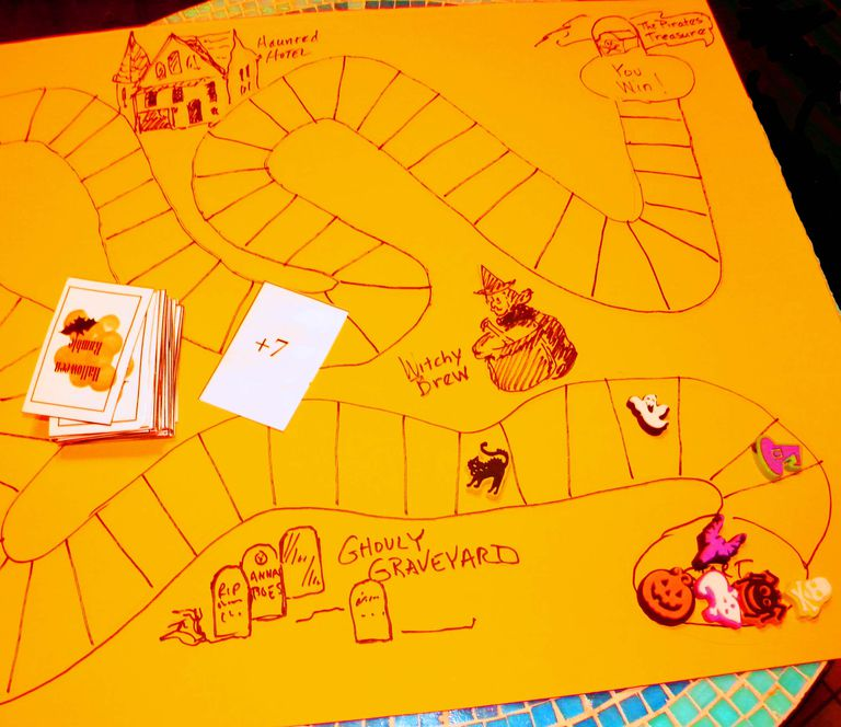 A Halloween board game
