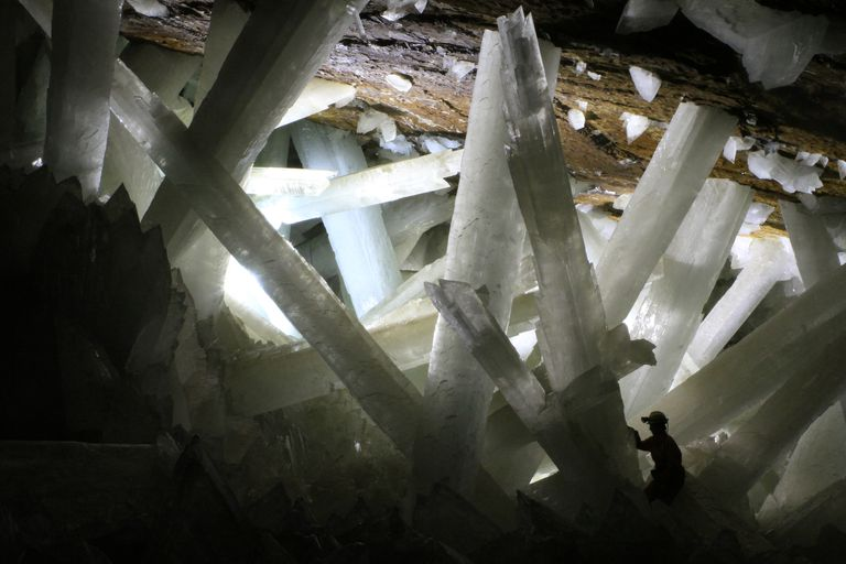 giant crystal cave
