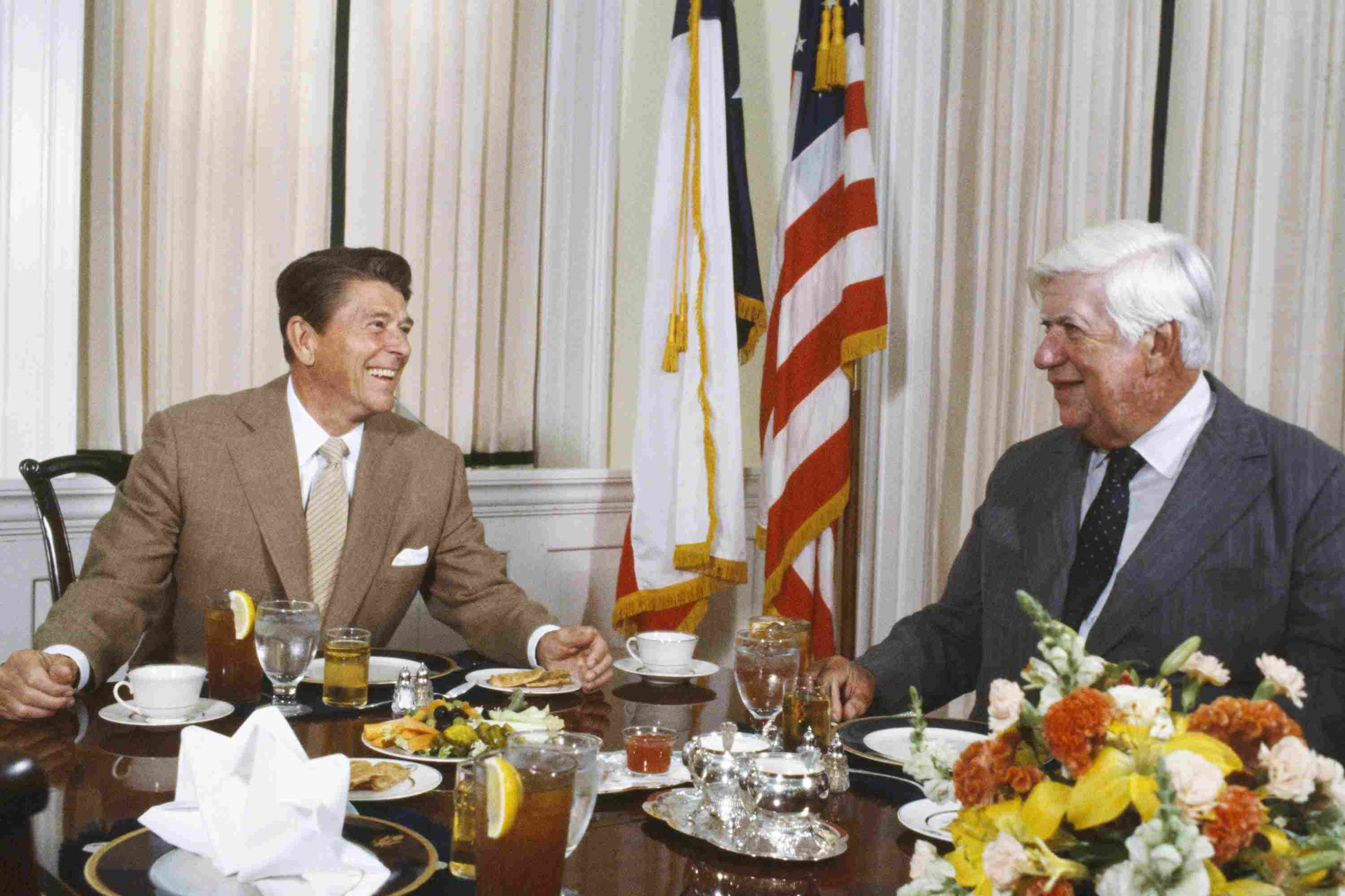 photo of Ronald Reagan and Tip O'Neill