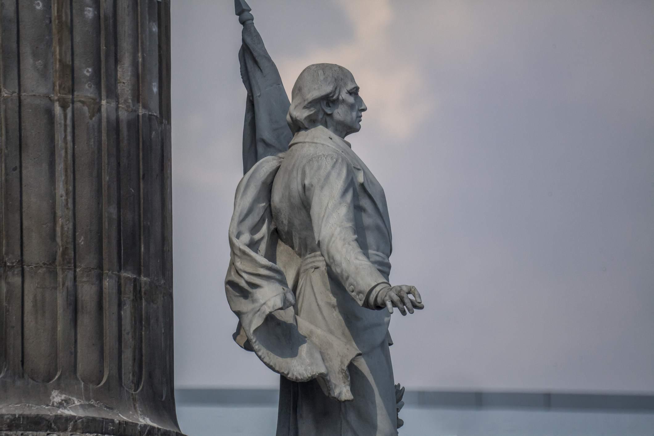 Miguel Hidalgo monument