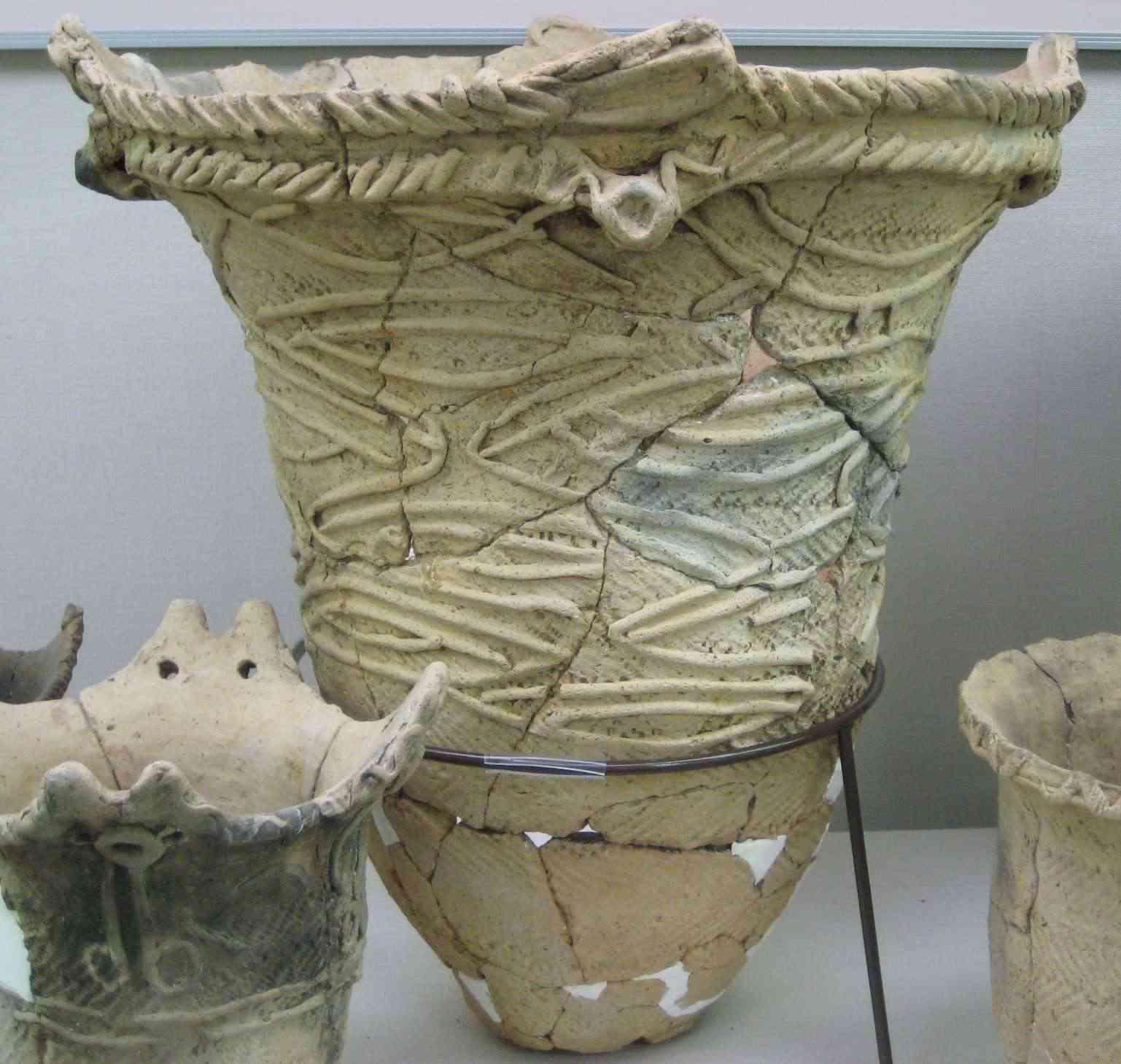 Applique Pot, Middle Jomon, Sannai Maruyama Site