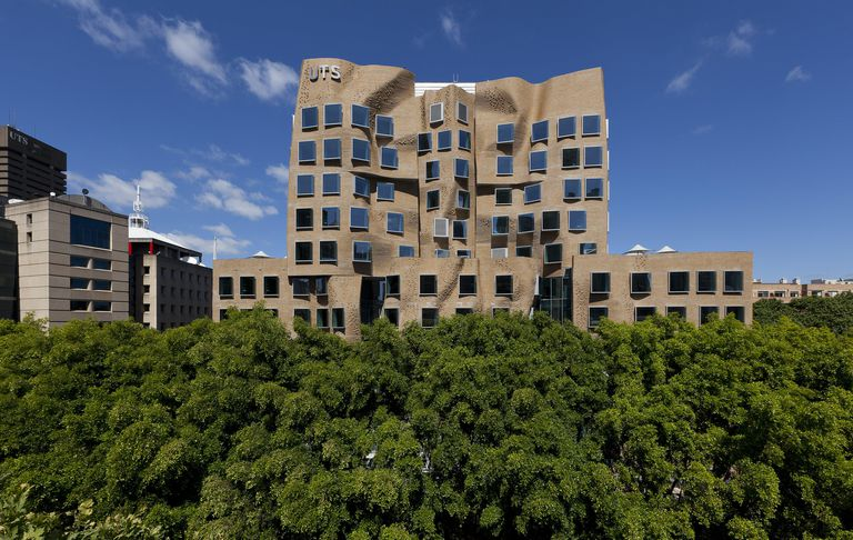Frank Gehry-Designed Business School, University of Technology Sydney (UTS), 2015
