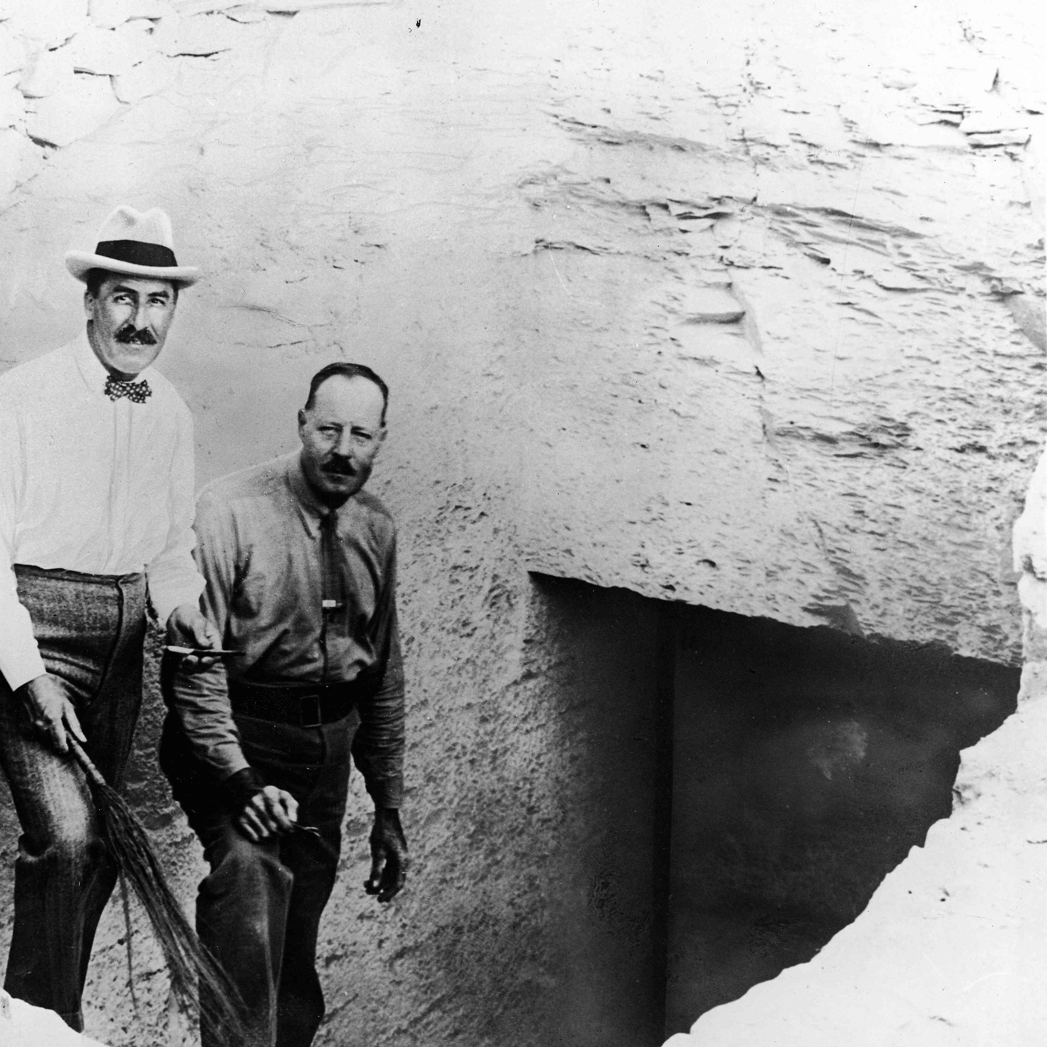 Carter and his assistant at the steps of King Tut's tomb