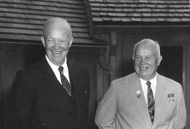 foto de Eisenhower y Khrushchev en Camp David