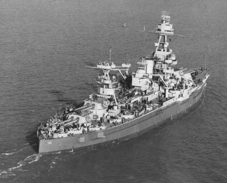 Battleship USS Texas (BB-35) underway at sea, 1942.