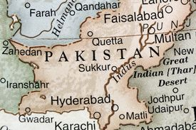 map of Pakistan and its borders