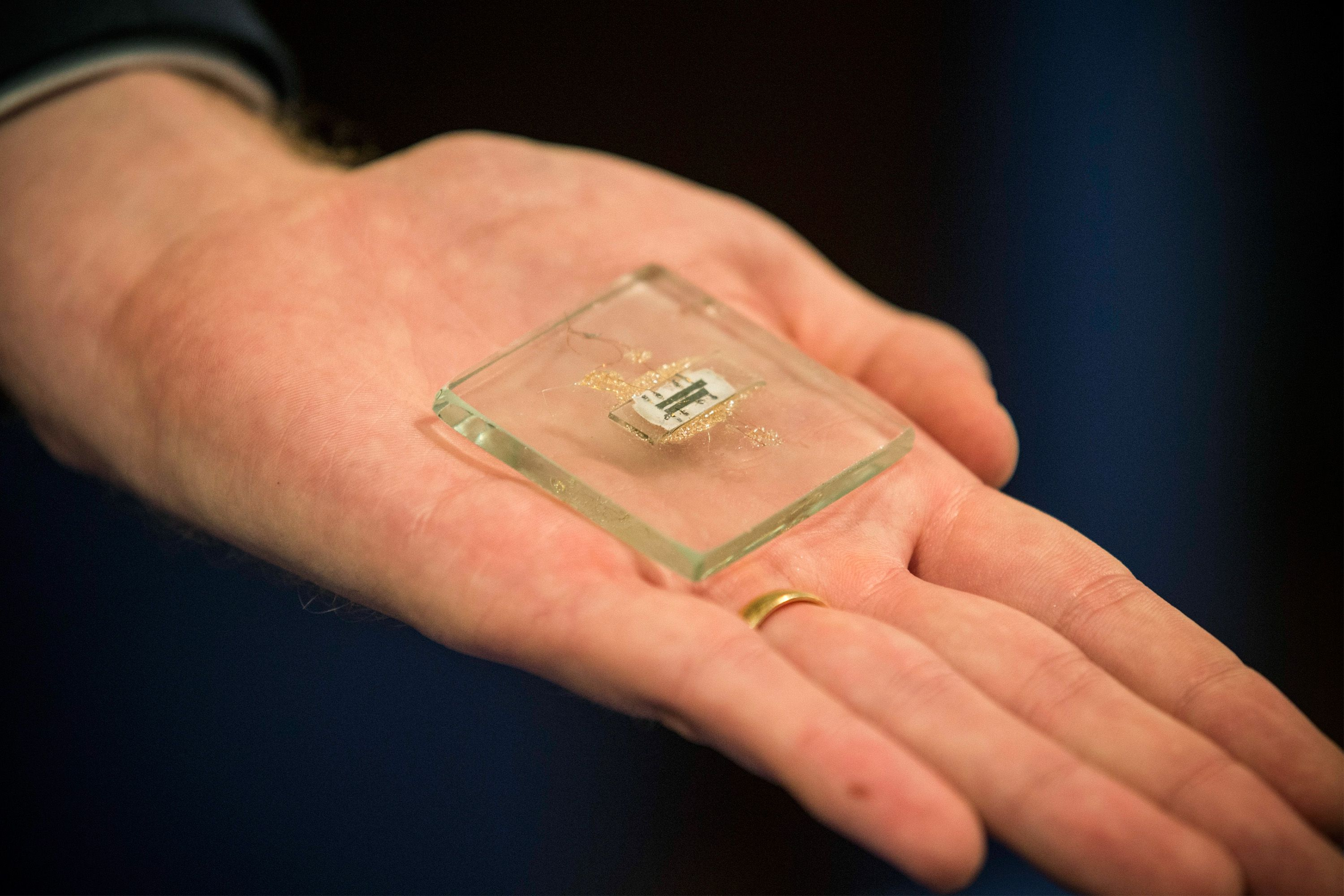 History Of The Integrated Circuit Microchip Intelcomputers Intel Computers