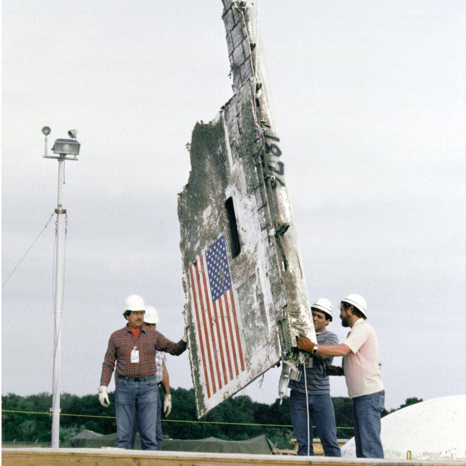 Space Shuttle Challenger Disaster STS-51L Pictures - Challenger Wreckage Entombment