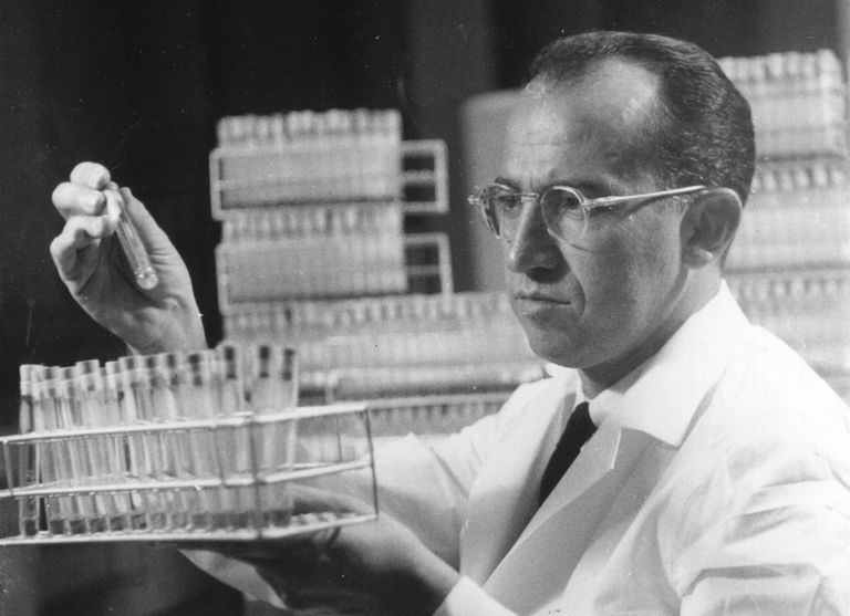 Jonas Salk at work