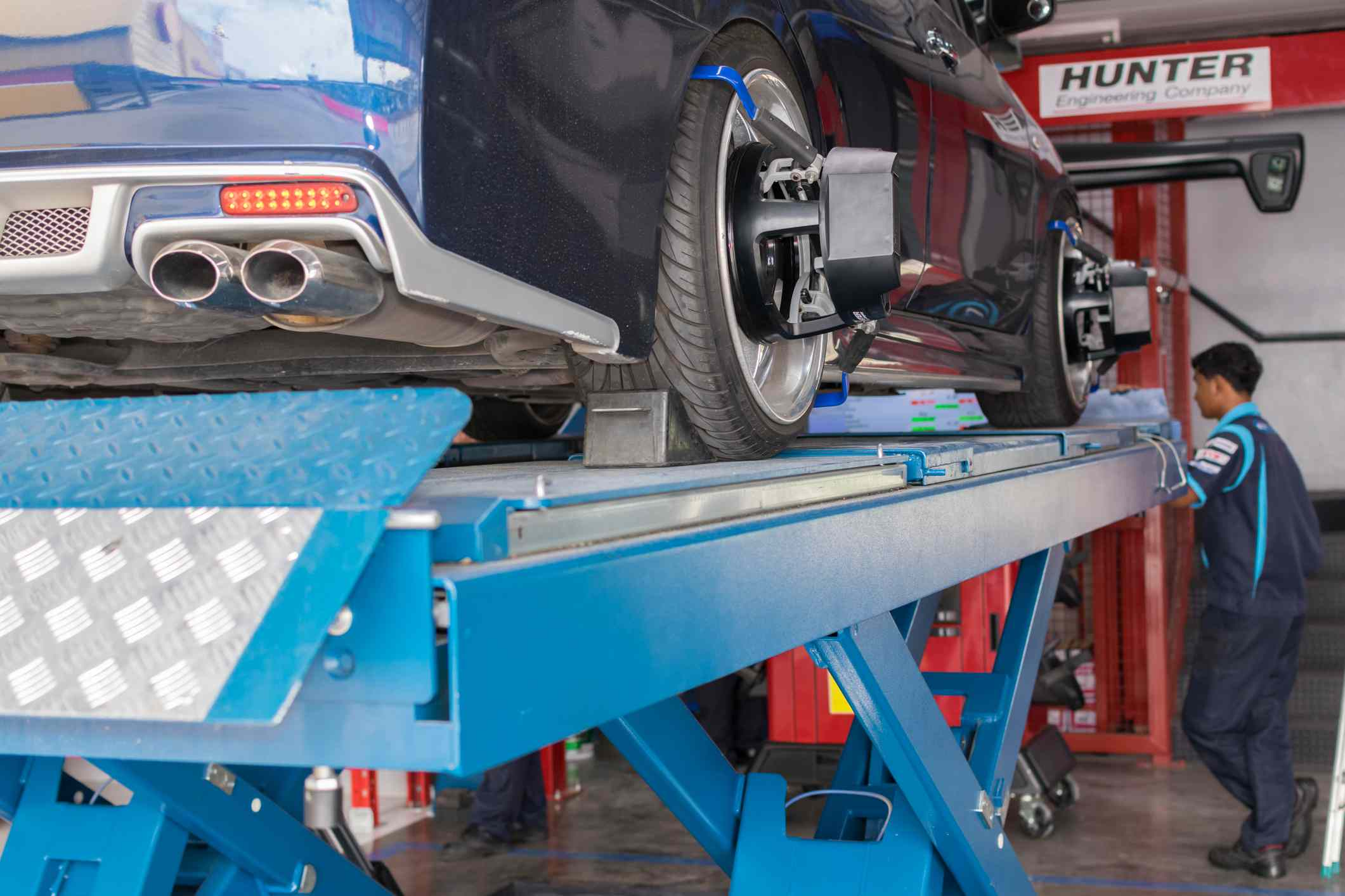 Wheel Alignment: How to Adjust Camber