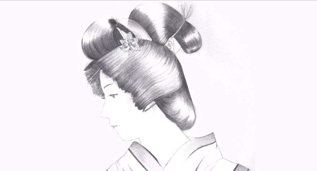 Pencil sketch of the shimada mage hairstyle.