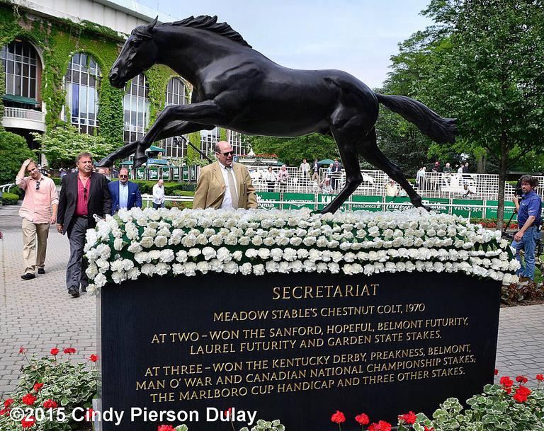 horse racing belmont