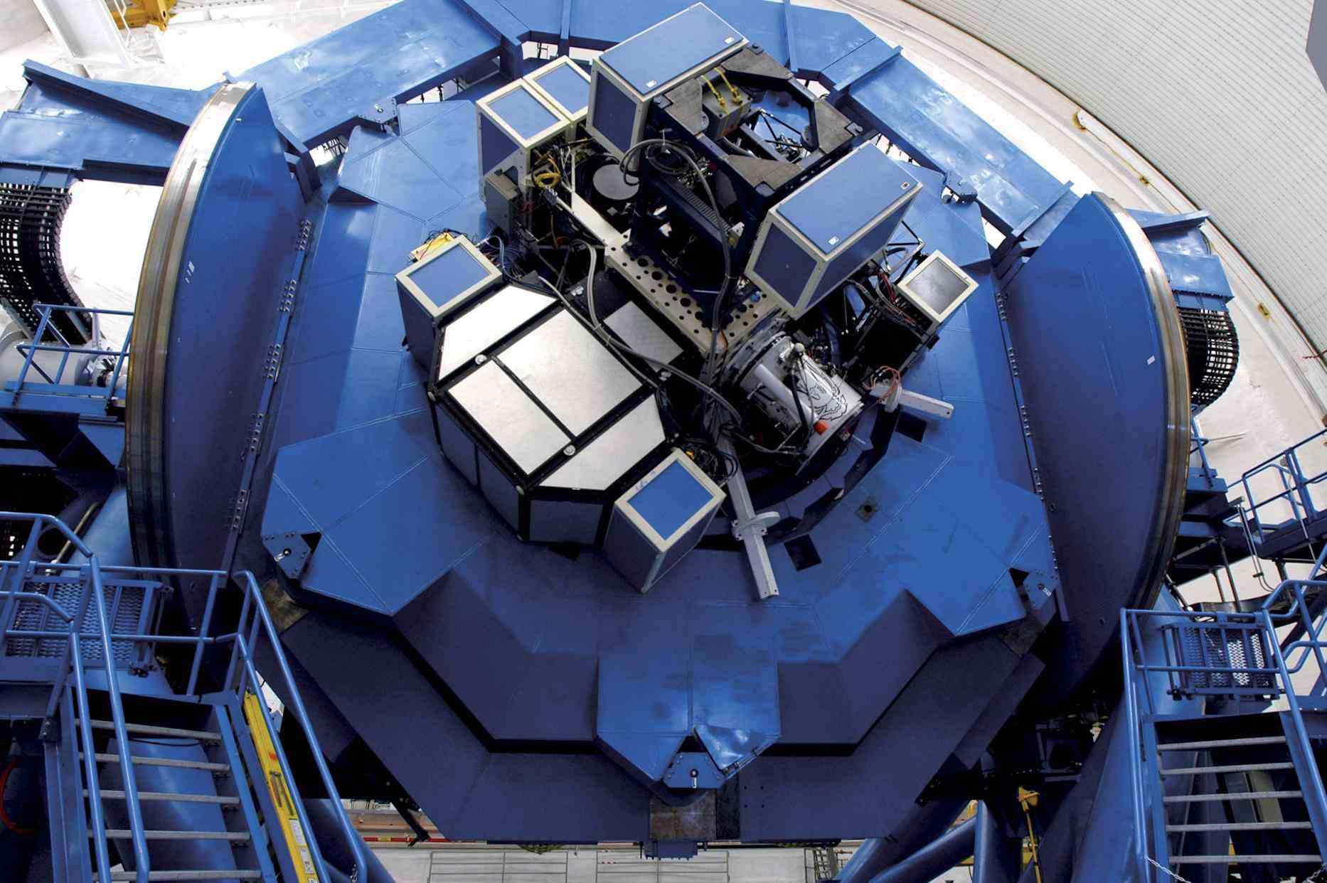 Instrument support mechanism for Gemini telescopes.