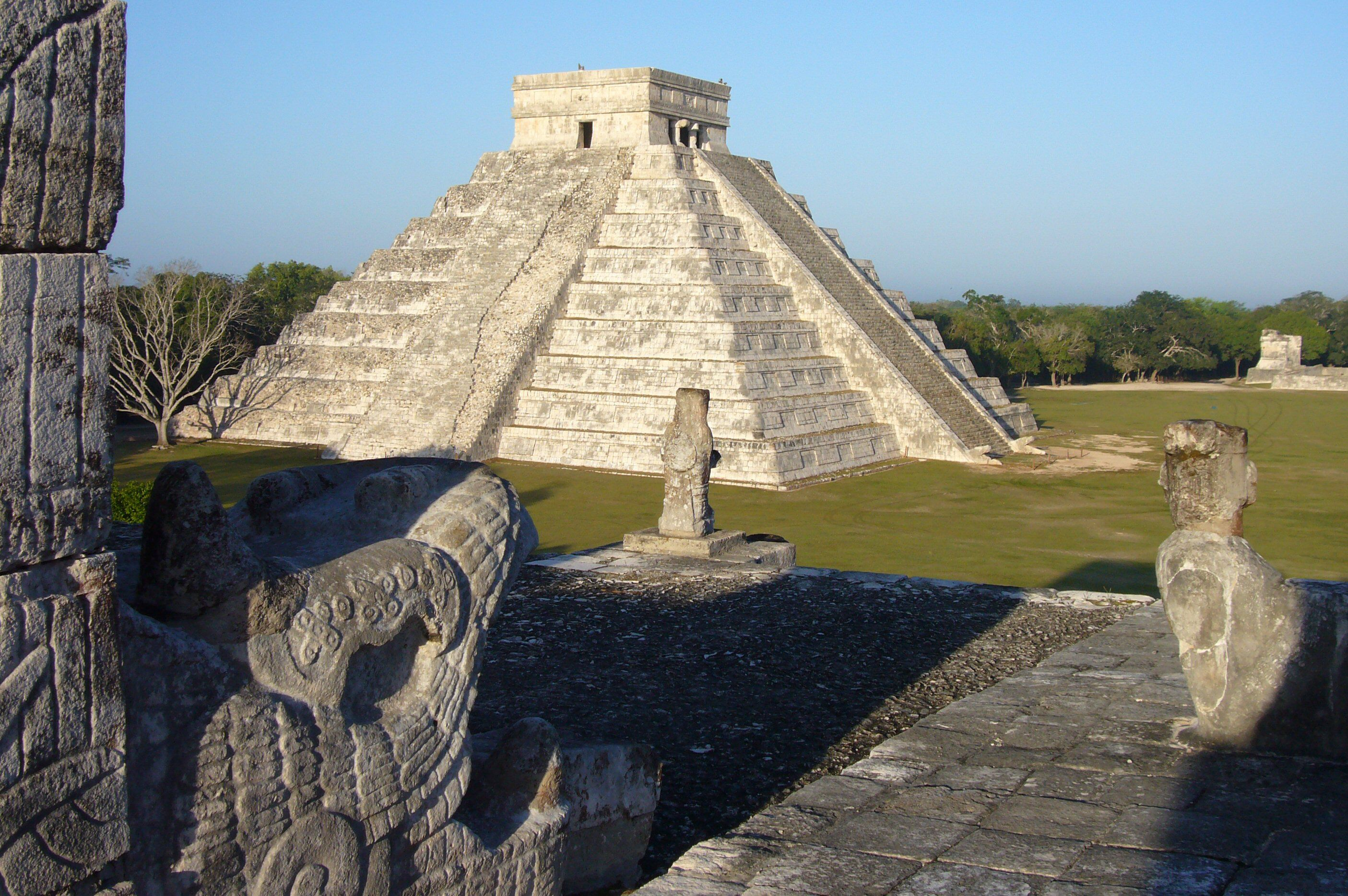 """The Kukulkan Pyramid in Chichen-Itza which known as """"El Castillo"""" (the castle)"""