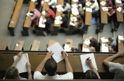 Book Recommendations for Graduate School in Economics