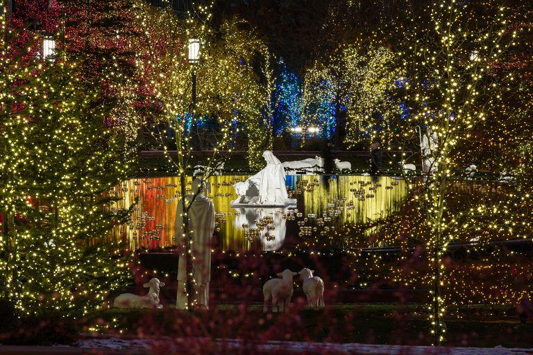 Floating nativity