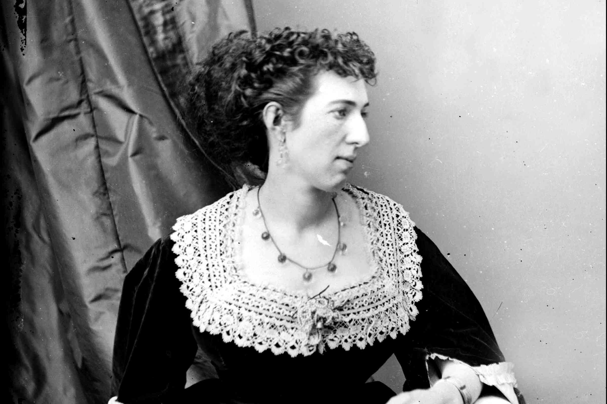 Belle Boyd posed for a photograph
