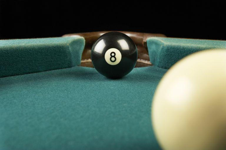 Billiards eight ball corner pocket