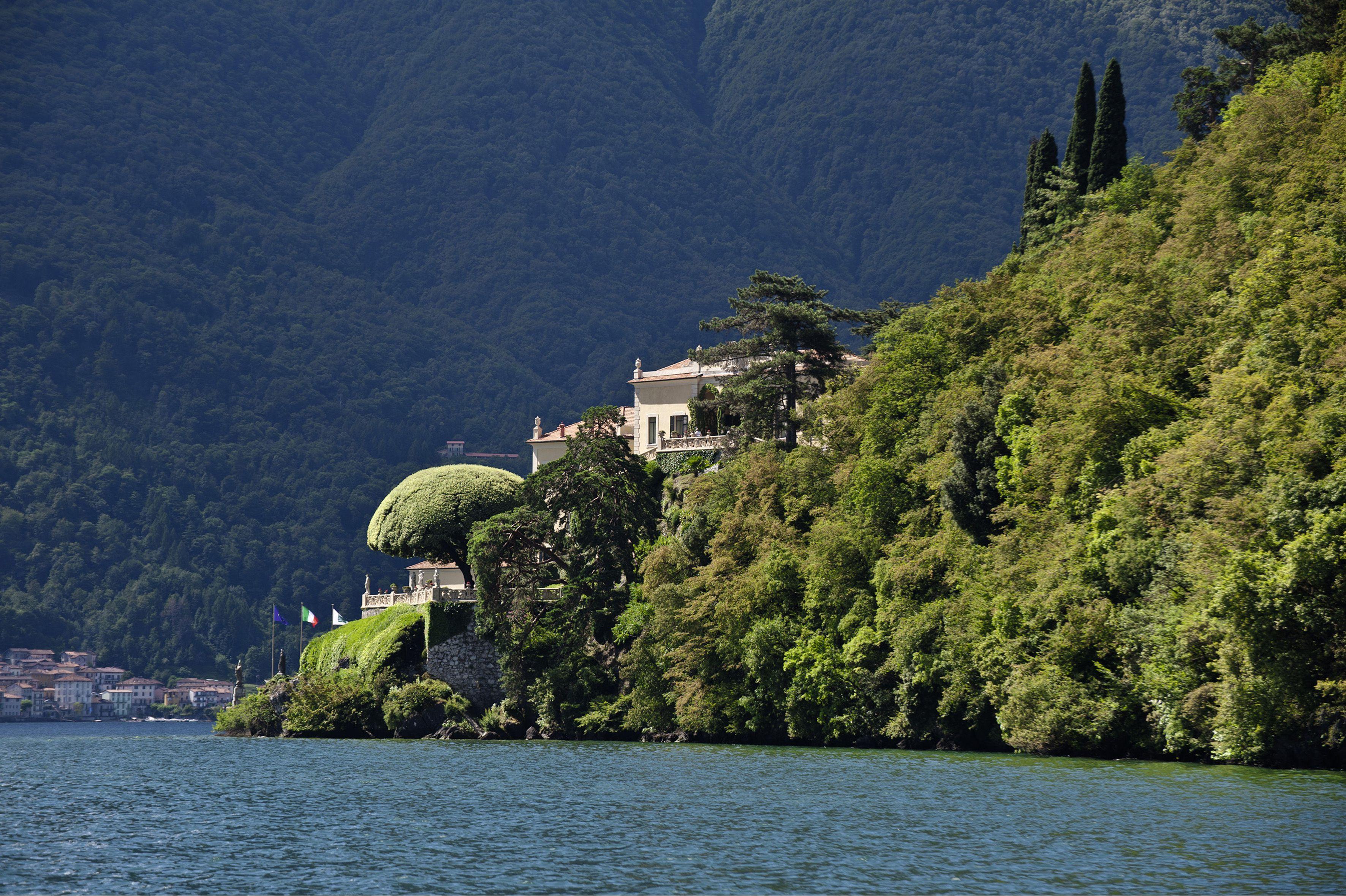 House on steep hill, Villa Del Balbianello In Lenno at Lake Como