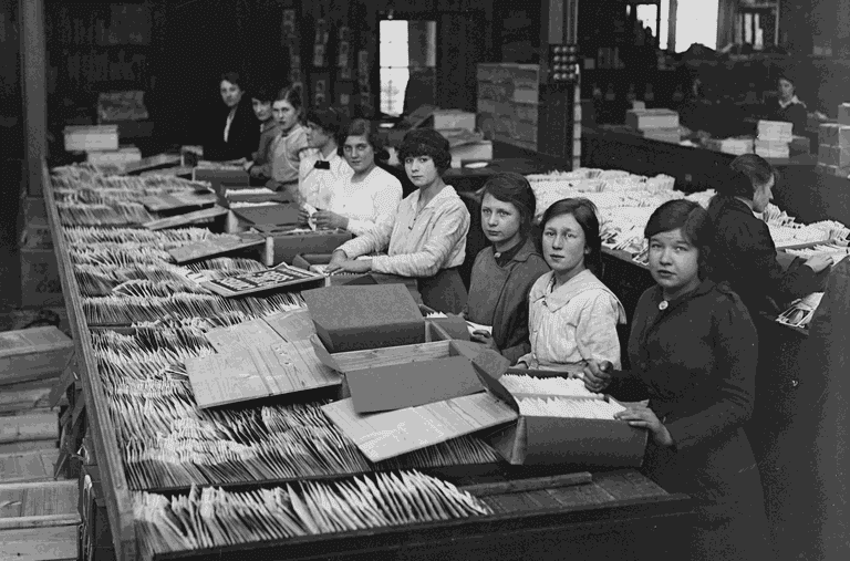Seed Packing in a 1918 Factory