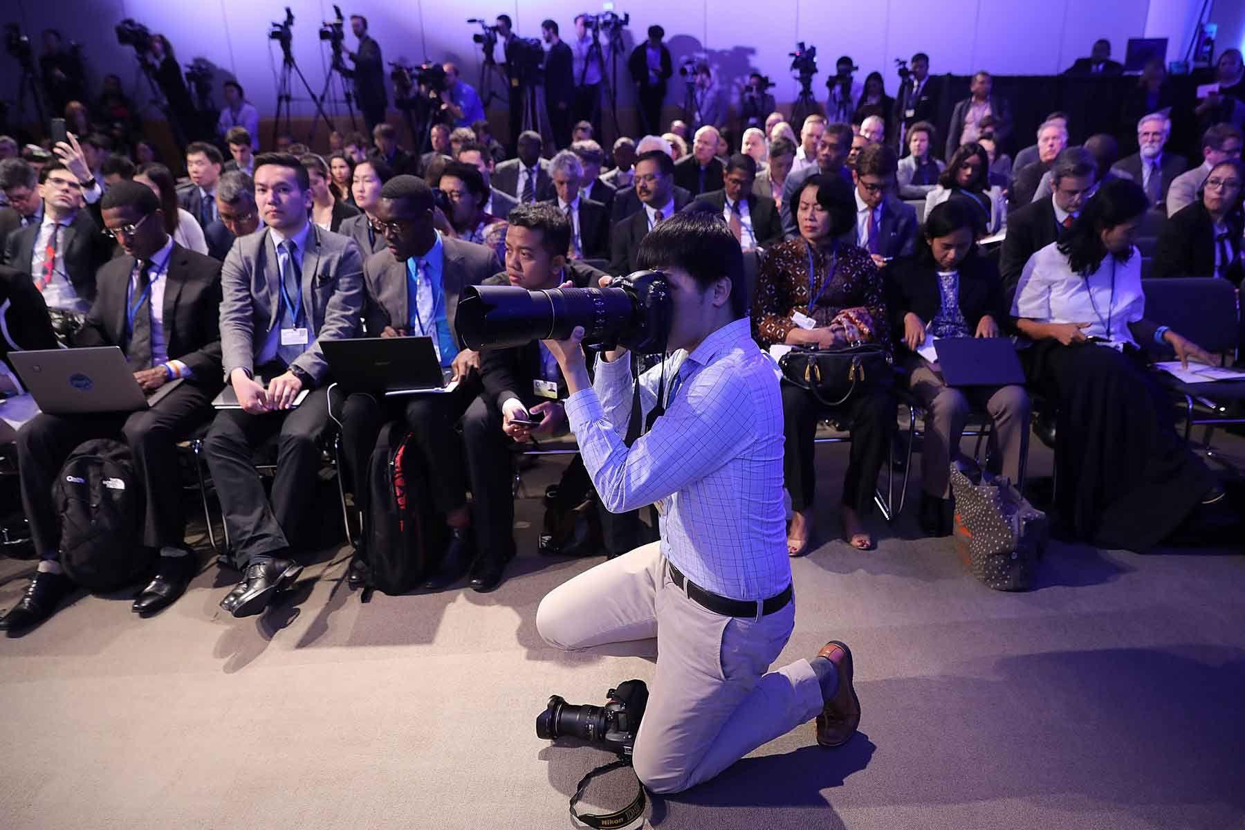 instagr news conference held - HD1800×1200