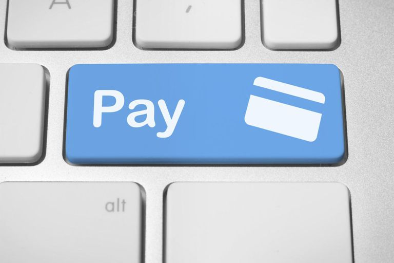 How Much Should Businesses Pay Bloggers?
