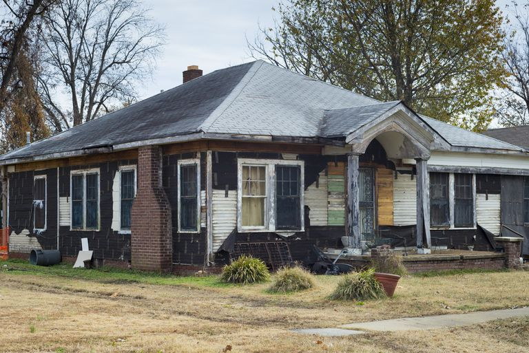 Trying to Buy a Fixer-Upper Home? The Government Can Help